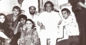 Dimple,Arjun,Amit,Tanuja,Ronu Mujherjee, Kakaji, Kishoreda, Deb and Shomu Mukherjee